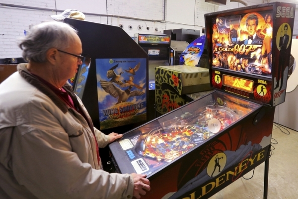 Kokomo updating laws to legalize pinball machines | Indiana