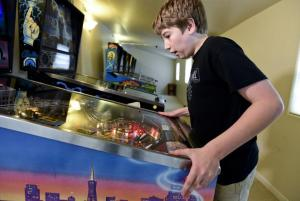Longmont area father, son headed to pinball world tournaments – Boulder Daily Camera