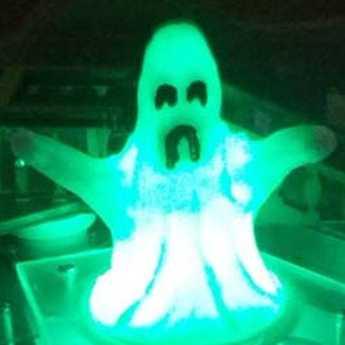amh_glow_ghost