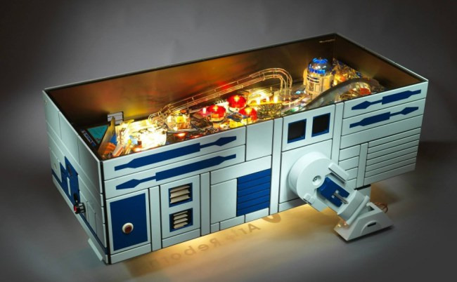 droid-pinball-coffee-table