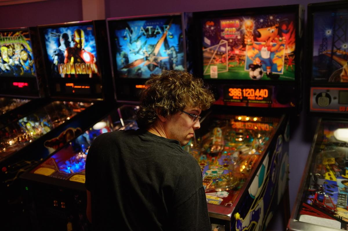 Hanging Out With the World's Pinball Wizard, … | VICE | Canada