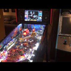 Batman 66 pinball machine Super LE model by Stern Pinball [Gameplay]