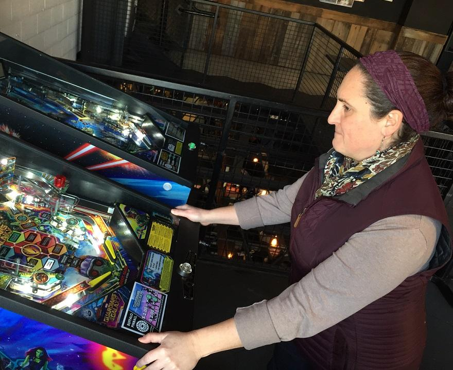 Are you a woman who flips for pinball? The Holiday Silverball Crawl is for you | WBFO