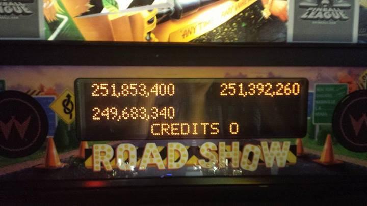 Double Heartbreaker! Road Show